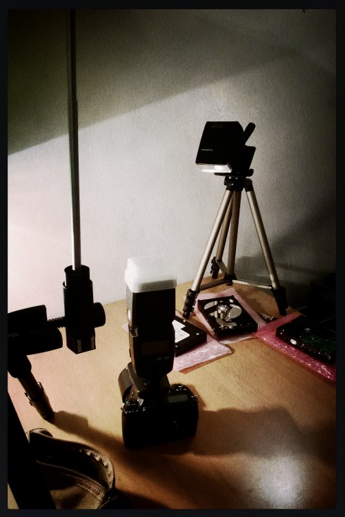 An experimental setup using a really old and new flash
